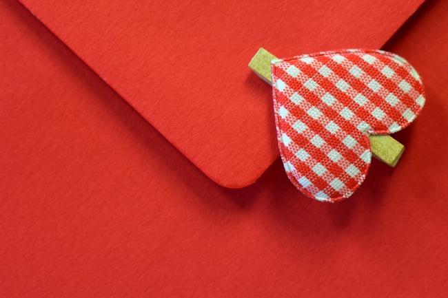 心形信封素材图片(点击浏览下一张趣图)