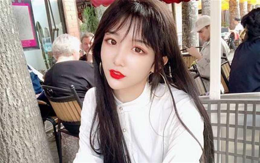 中国最美女装大佬(点击浏览下一张趣图)