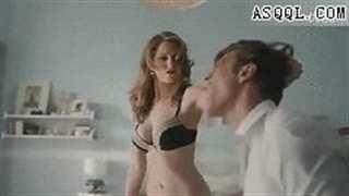 美女打架视频动态图片(点击浏览下一张趣图)